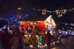LADYSMITH, BC,加拿大- 2017年11月30日:圣诞节巴拉的看法 库存照片