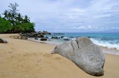 Laem唱在普吉岛海岛上的海滩 免版税库存照片