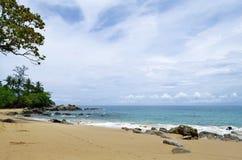 Laem Śpiewa plażę na Phuket wyspie Obraz Royalty Free