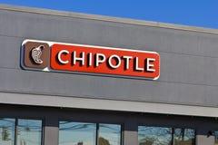 Lafayette, BINNEN - Circa November 2015: Restaurant van de Chipotle het Mexicaanse Grill Stock Afbeeldingen