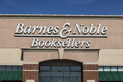 Lafayette - Circa April 2017: Barnes & Noble Retail Location. Barnes & Noble is a leading retailer of content in the US VII. Barnes & Noble Retail Royalty Free Stock Photos