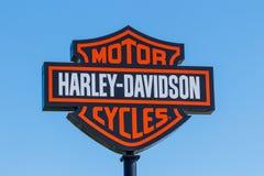 Lafayette - Circa April 2018: Harley-Davidson Local Signage Harley Davidsons Motorcycles is Gekend voor Hun Loyal Following II Stock Fotografie