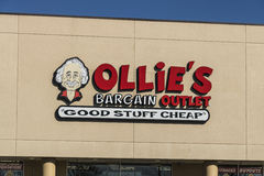 Lafayette - Circa April 2017: Ollie`s Bargain Outlet. Ollie`s Carries a Wide Range of Closeout Merchandise III. Ollie`s Bargain Outlet. Ollie`s Carries a Wide Royalty Free Stock Images