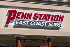 Lafayette - Circa April 2017: Penn Station Fast Food Sub smörgåsrestaurang Penn Station har över 300 lägen i 15 tillstånd II Fotografering för Bildbyråer