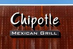 Lafayette - Circa Februari 2018: Mexicansk gallerrestaurang för Chipotle Chipotlen är en kedja av Burritosnabbmatsrestauranger II royaltyfria bilder