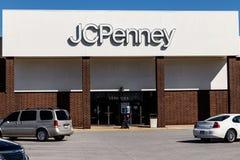 Lafayette - circa ottobre 2018: JC Penney Retail Mall Location JCP è un abito e un rivenditore fornire domestico V fotografia stock libera da diritti
