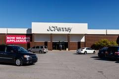 Lafayette - circa ottobre 2018: JC Penney Retail Mall Location JCP è un abito e un rivenditore fornire domestico VI fotografia stock libera da diritti