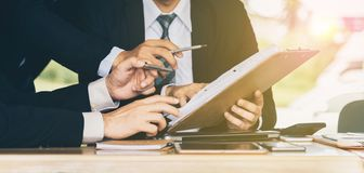 Lag av att konsultera för affär, analys av affärsplan för pro- royaltyfria foton