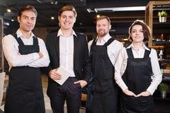 Lag av restaurangprofessionell royaltyfri fotografi