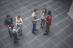 Lag och chef för företags affär i ett möte Arkivbild