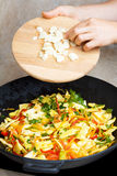 Laga mat gula bönor med grönsaker Arkivfoton