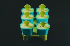 Laga mat hemlagad glass i formerna fotografering för bildbyråer