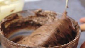 Laga mat och göra den körsbärsröda kakan lager videofilmer