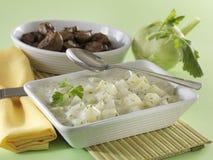 Lagad mat med grädde kålrabbi med grillad feg lever Royaltyfria Bilder