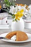 Lagad mat med grädde mannagrynefterrätt Arkivfoto