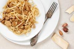 Lagad mat pasta med porcini Arkivbild