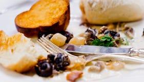 lagad mat platta tjänad som snailssouce Arkivbilder