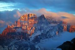 Lagazuoi战争场面,白云岩,意大利 图库摄影