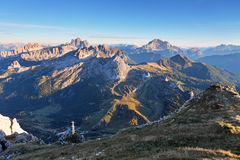 Гора на лете - верхней части Lagazuoi, доломитах, Италии Стоковые Фото
