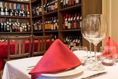 Lagd tabell i en restaurang Royaltyfri Fotografi