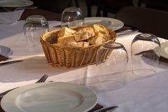 Lagd tabell i en restaurang Fotografering för Bildbyråer