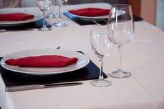 Lagd tabell i en restaurang Arkivbilder