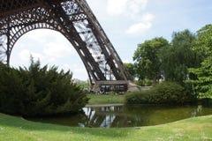 Lage deelpartij van de Toren van Eiffel Stock Afbeelding