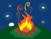 Lagerfeuer mit Leuchtkäfern Stockfotos