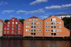 Lagerhäuser in Trondheim, Norwegen Lizenzfreie Stockbilder
