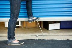 Lagerung: Schließen der Einheits-Tür Lizenzfreies Stockbild