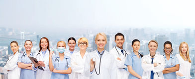 Laget eller gruppen av kvinnlign manipulerar och sjuksköterskor Royaltyfri Foto
