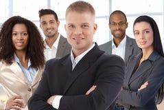 Lagfoto av lyckade businesspeople Fotografering för Bildbyråer
