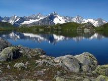 Laghi 7, alpi europee Fenetre Fotografie Stock Libere da Diritti