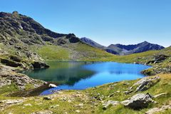 Laghi dell'alta montagna di Tristaina in Pirenei Fotografie Stock Libere da Diritti