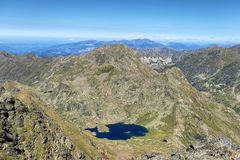 Laghi dell'alta montagna di Tristaina in Pirenei Fotografie Stock