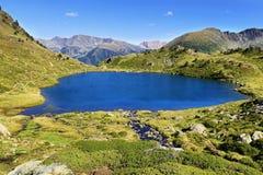 Laghi dell'alta montagna di Tristaina in Pirenei Fotografia Stock Libera da Diritti