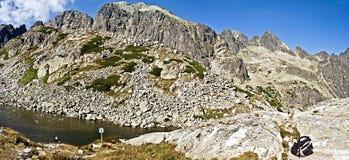 Laghi e picchi vicino al chata di Zbojnicka in alto Tatras Fotografia Stock Libera da Diritti