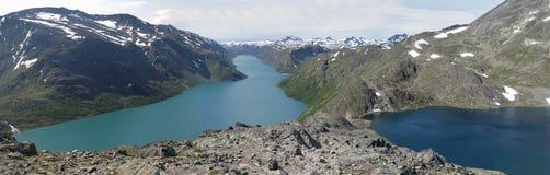 Laghi Gjende e Bessvatnet da catena montuosa Bessengge Immagine Stock Libera da Diritti