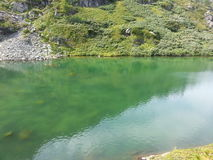 Laghi Karakol in montagne 2014 di Altai Fotografia Stock