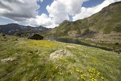 Laghi Tristaina in Pirenei, Andorra fotografie stock libere da diritti