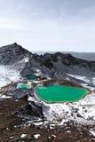 Laghi verde smeraldo, incrocio di Tongariro Immagini Stock Libere da Diritti