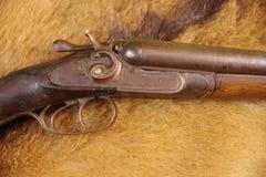 Lagledare Gun, scattergun, 12 gummin Royaltyfria Foton
