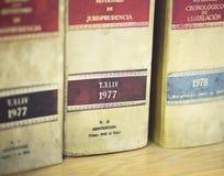 Lagliga böcker för advokatbyrå Royaltyfria Bilder