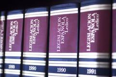 Lagliga böcker i lagkontor Arkivfoto
