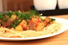 Lagman är en central asiatisk nationell maträtt Royaltyfria Foton