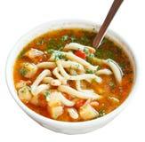 Lagman-Suppe in der weißen Schüssel lokalisiert Lizenzfreies Stockfoto