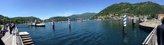 Lago科莫湖giorno cielo波尔图 免版税库存照片