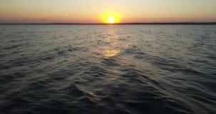 Lago aereo di tramonto del fuco video d archivio