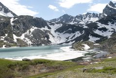 Lago Akchan, soporte Colban, república mountain de Altai Fotos de archivo