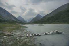 Lago Akkem e montagna di Beluha Paesaggio di Altai Fotografie Stock